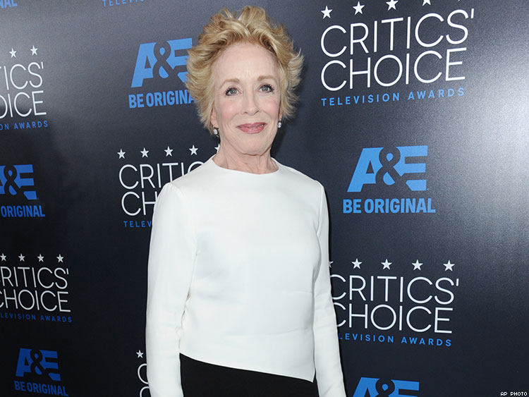 Holland Taylor Comes Out