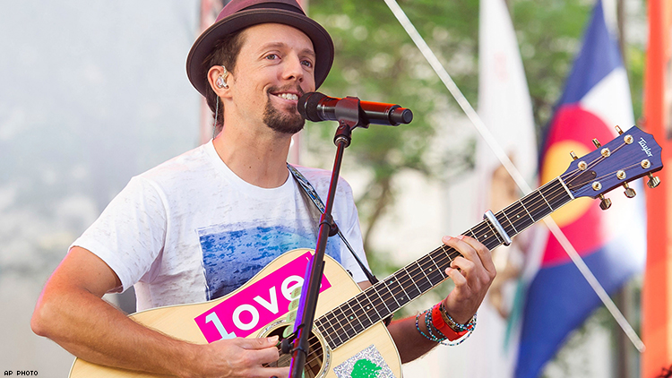 Jason Mraz Opens up about Bisexuality in Billboard Interview
