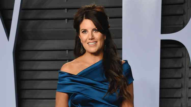 Watch Monica Lewinsky Sing 'Somewhere Over the Rainbow' At a Gay Bar
