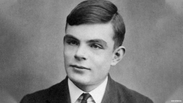 Alan Turing in Running to Become Face of £50 Note
