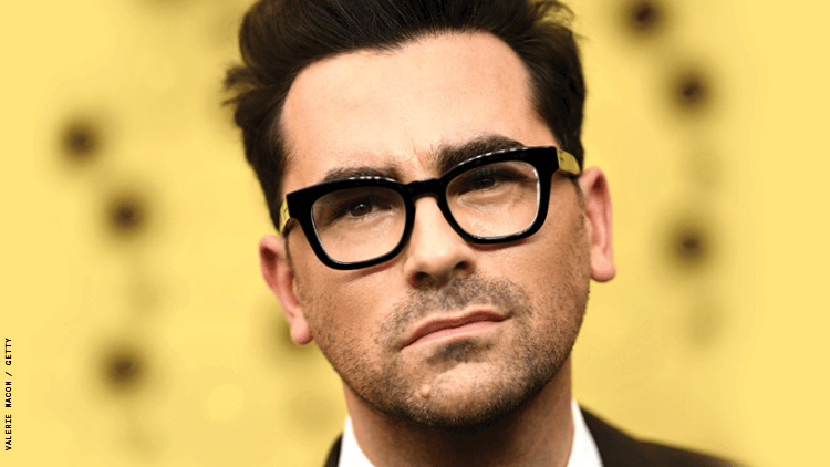 Dan Levy Still Decided to Pull a Look at the Golden Globes 2021
