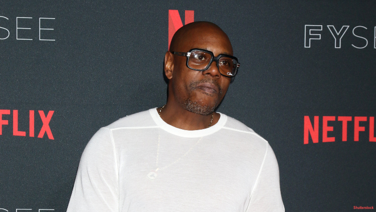 dave-chappelle-standing-ovation-hollywood-bowl-transphobic-netflix-special-cancel-culture.jpg