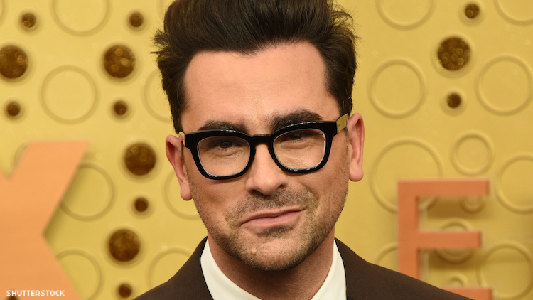 Dan Levy on red carpet.