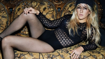 """WATCH: Ellie Goulding Goes Divergent In """"Beating Heart"""" Video"""