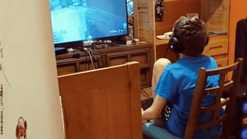kid playing call of duty