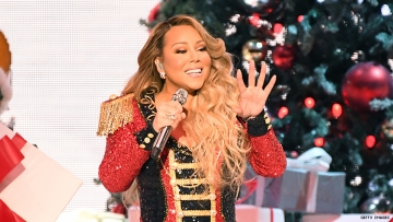 """Mariah Carey's 'All I Want For Christmas Is You"""" Finally Hit Number One!"""