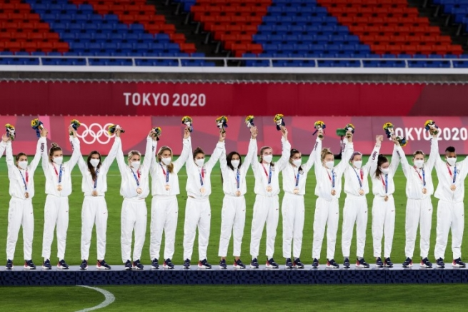 Check out all the LGBTQ+ Olympic medalists at the 2020 Summer Olympics in Tokyo