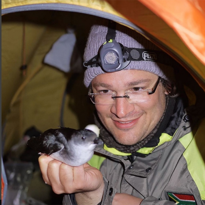 """Martin Stervander: """"I am gay and I am a evolutionary biologist with a flair for ecology and anything involving birds."""""""