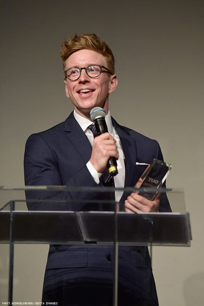 Tyler Oakley accepts the Power of Originality Award