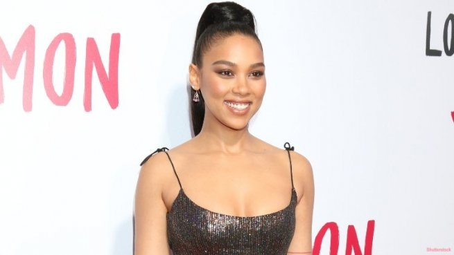 4-alexandra-shipp-comes-out-as-queer-lgbtq-instagram-post-pride-month.jpg