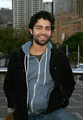 Adrian Grenier Goes Green; Target and the Holograms; H.Stern Dies; Peres on Style