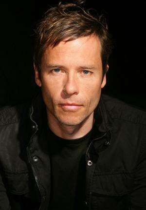 Guy Pearce is Going Queer