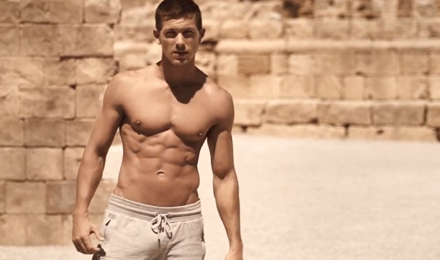 Video: Dolce & Gabbana's Latest Fragrance Commercial is Smokin' Hot
