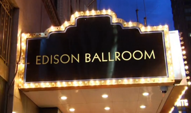 Aisle Say: Let the Edison Ballroom Serve as a Quintessential Backdrop for Your NYC Nuptials