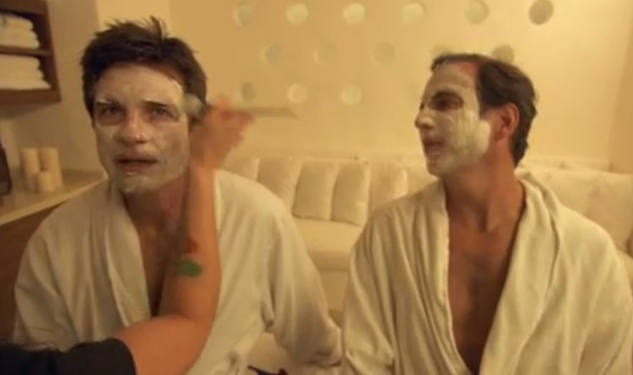 Video: Jason Bateman and Will Arnett Bathe Together, Get Facials, in 'Mansome' Trailer
