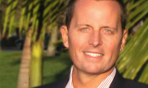 Romney's Gay Campaign Aide Resigns