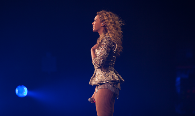 In Case You Were Wondering: Beyoncé Is One Hot Mama
