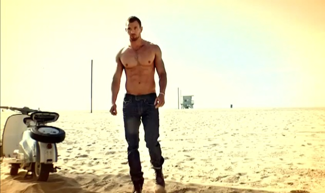 Kellan Lutz Loses His Shirt