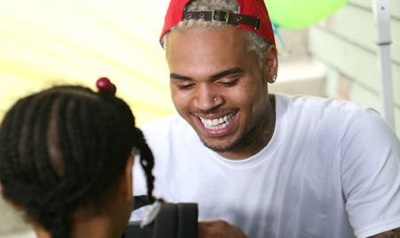Chris Brown Does Good