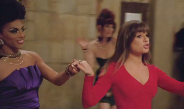 WATCH: Glee has a 'Kiki'
