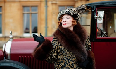 Shirley MacLaine on Maggie Smith: 'We Were Lovers In Another Life'