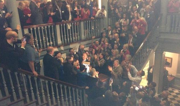 Delaware Passes Gay Marriage And 5 Other Things We Learned Today