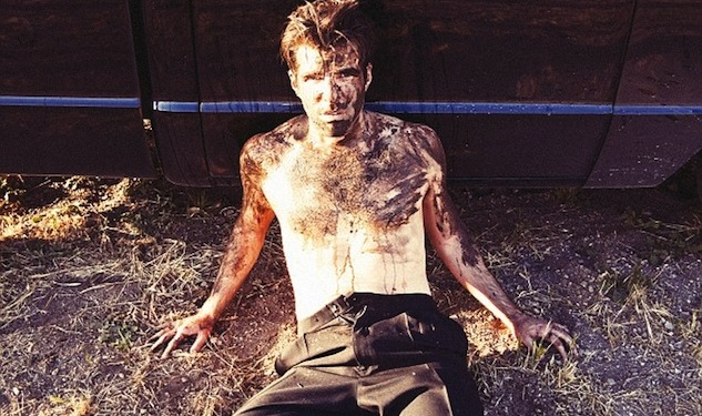 Zachary Quinto Gets Dirty