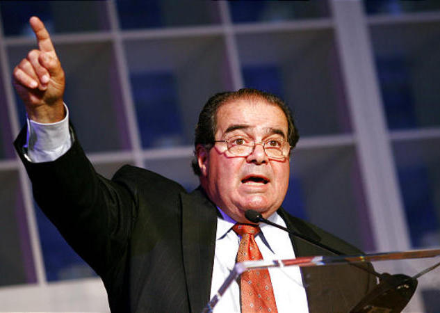 Scalia defends remarks on homosexuality