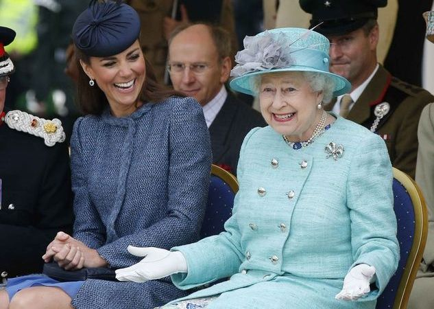 Queen Elizabeth Officially Approves Of Gay Marriage