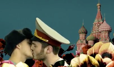WATCH: Russian Soldiers Kissing in Front of the Kremlin