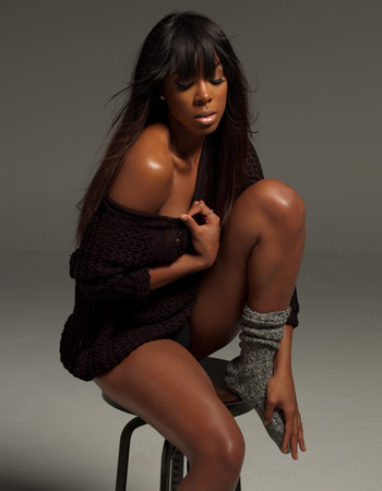 WATCH: Kelly Rowland's 'Dirty Laundry'
