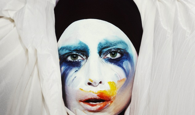 Lady Gaga's Early 'Applause'