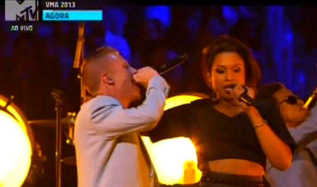 WATCH: Macklemore & Ryan Lewis Perform 'Same Love' at VMAs
