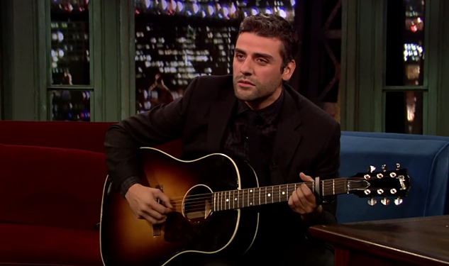 "WATCH: Oscar Isaac Performs Folk Version of Katy Perry's ""Roar"""