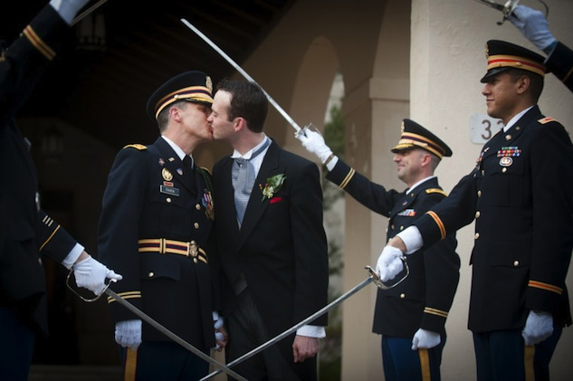 Watch Soldier Marries In North Carolina-7143