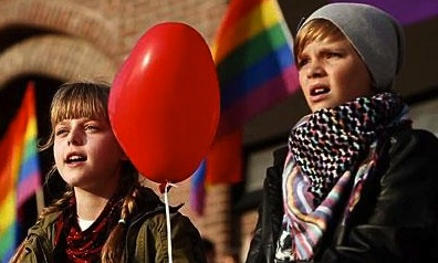 Swedes Sing Their Support for LGBT Russians at Stockholm's Olympic Stadium