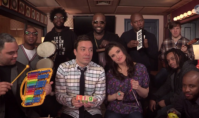 WATCH: Idina Menzel, Jimmy Fallon & The Roots Perform 'Let it Go'