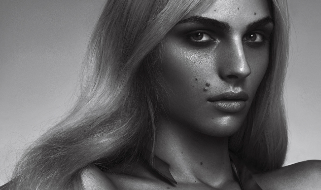 Andrej Pejic Discusses Jewelry, Gender Identity & How She's Following in Naomi's Footsteps