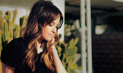 Country Star Kacey Musgraves Angers Homophobes