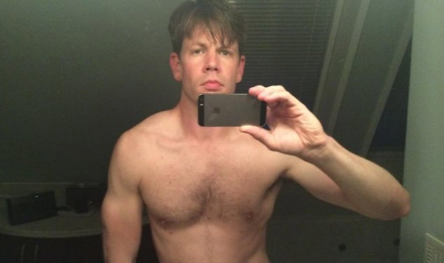 Christopher Rice Takes Naked Selfie After Losing Out For The Bram Stoker Award