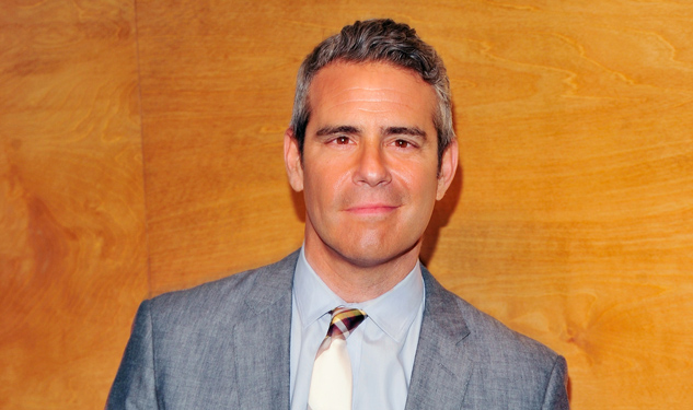 Larry King Helps Andy Cohen Find a Match on Tinder