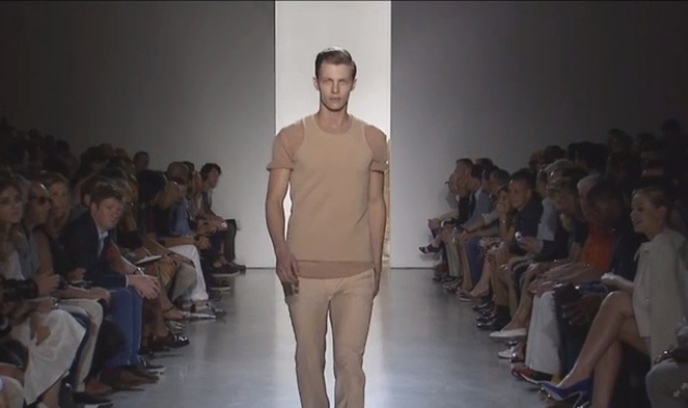 WATCH: Calvin Klein Collection Spring/Summer 2015