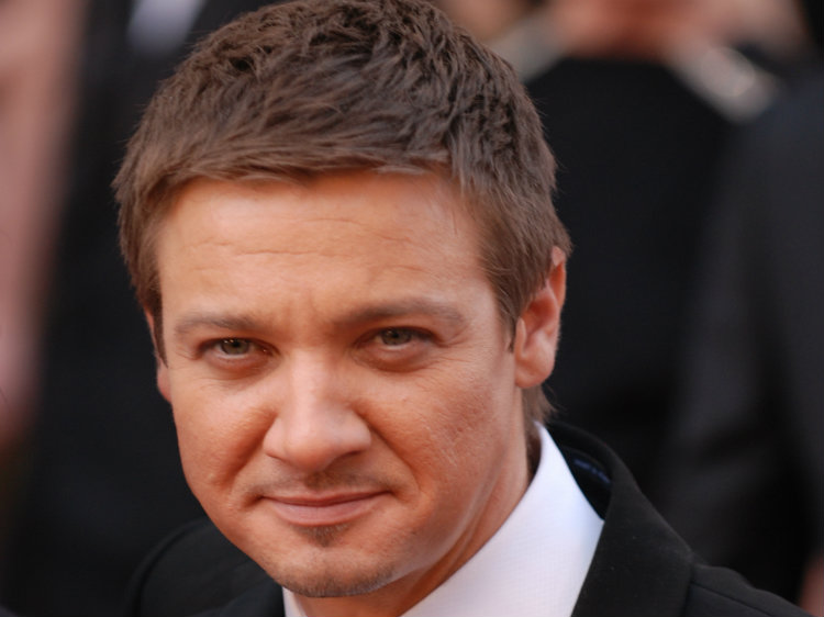 renner gay dating site In the newest issue of the hollywood reporter,  jeremy renner,  internet speculation already has centered around whom he's dating.