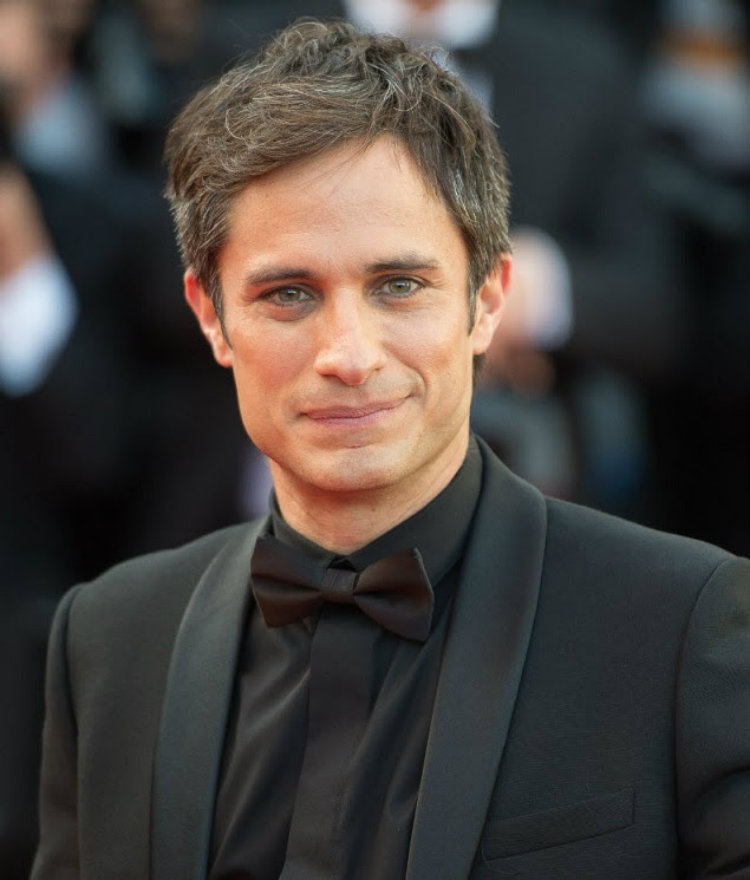 Best Dressed Man Week Gael Garcia Bernal together with A Look Australia S Past Decade Miss Universe Contestants together with Cruise Ship Crystal Symphony  ing To Nelson additionally Kiganda further Monastiraki. on sunday night