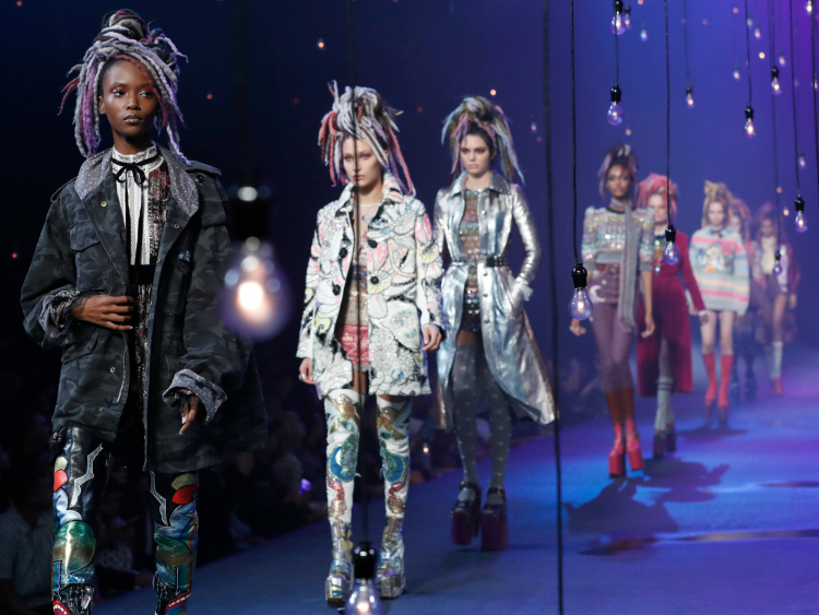 Marc Jacobs Defends His Culturally Appropriative Fashion Show, Makes Things Worse