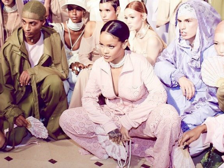 http://www.out.com/sites/out.com/files/2016/09/30/rihanna-insta.jpg