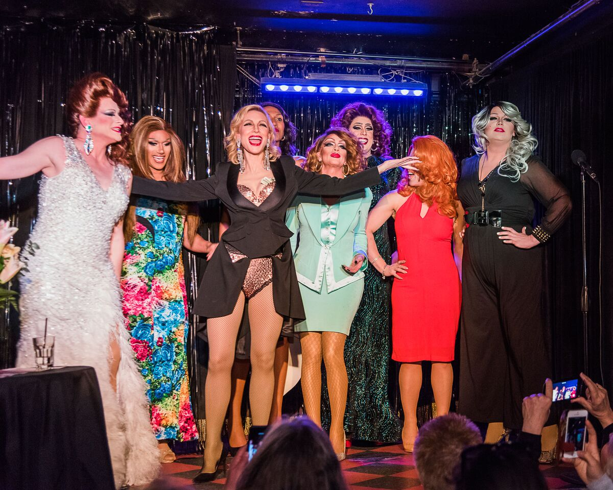 Cate Blanchett And Drag Queens
