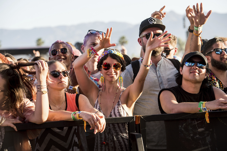 Coachella crowds urged to keep cellphones safe