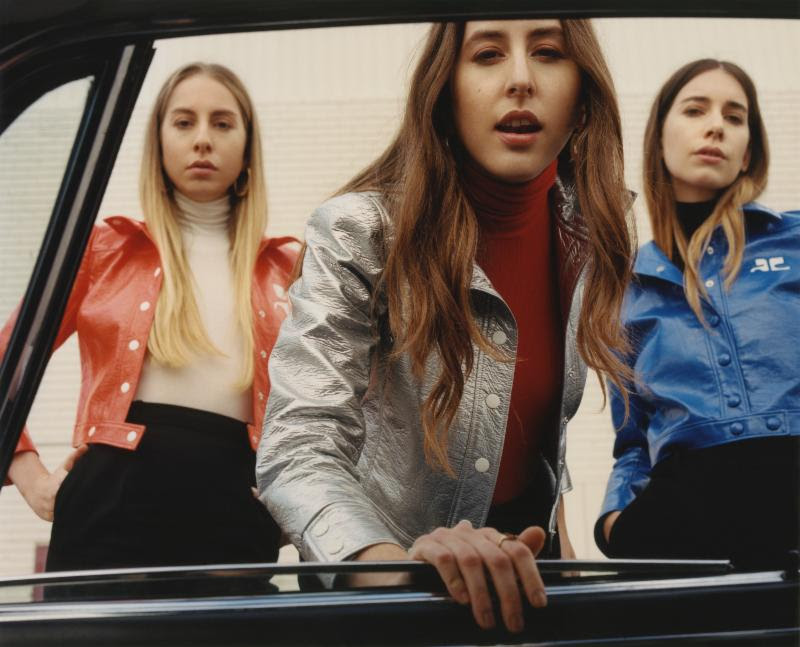 Are the haim sisters dating