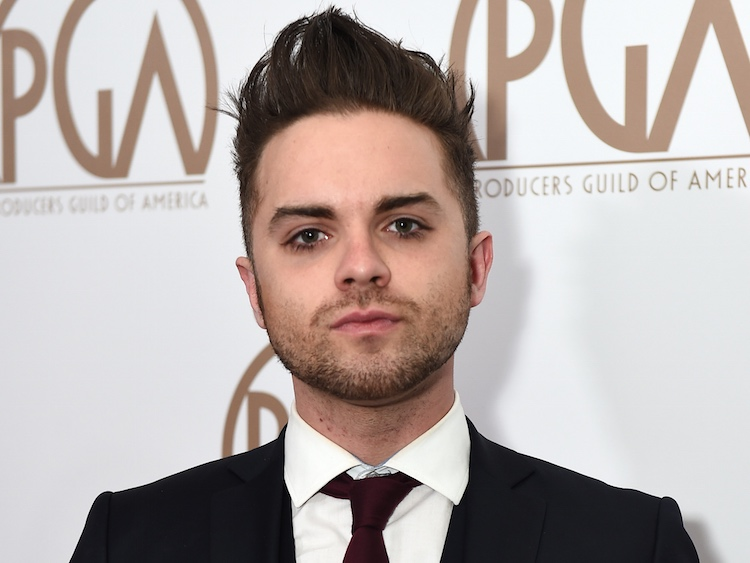 sports shoes ea280 74f59 Heroes' Actor Thomas Dekker Admits He's Gay After Being ...